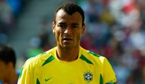 Morto il figlio di Cafu mentre giocava a calcio: lutto nel mondo del calcio